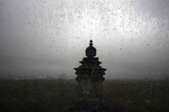 Aussicht vom Reichstag in Berlin Regen